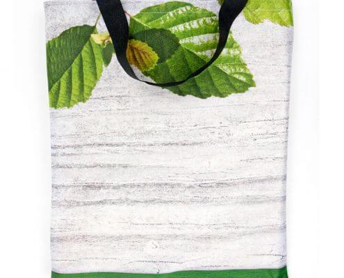 Eine Recycling Tasche, wiederverwertet aus einer Fahne