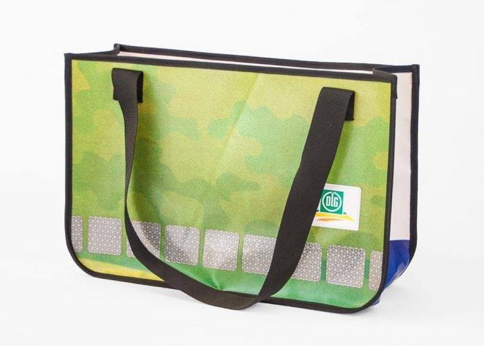 Wiederverwertung eines PLKW-Plane der DLG Deutsche Landwirtschafts-Gesellschaft zur Recycling Einkaufstasche
