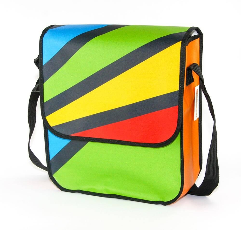 diese farbenfrohe Recycling Tasche entstand für Hornbach Baumarkt