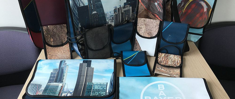 Bayer AG Recycling Upcycling Tasche aus Banner
